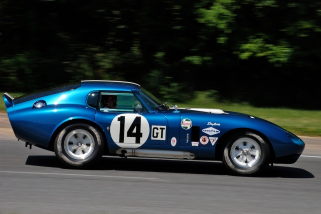 #14 Shelby Cobra Daytona Coupe CSX-2612 (continuation series), driver Peter Brock