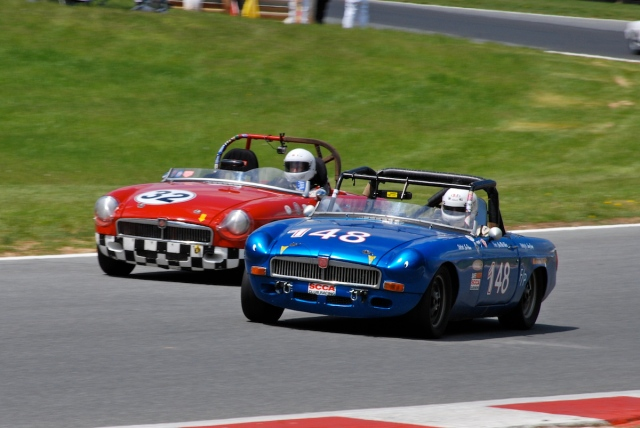 #32 Thomas Leavy, 1962 MGB; #148 Christopher Roberts, 1973 MGB.