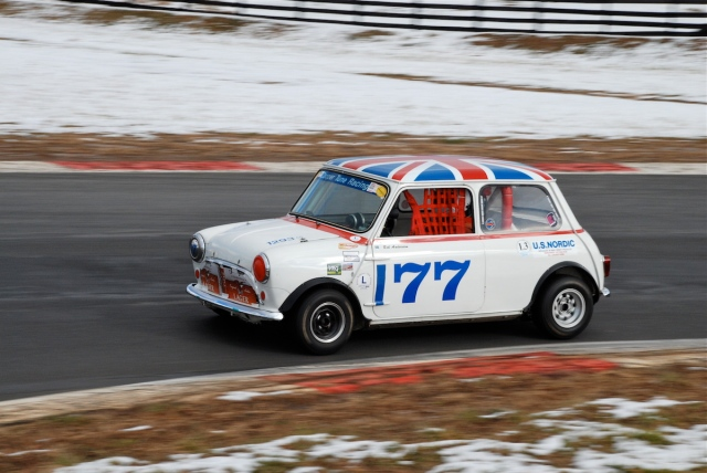 Group 2 - Bob Andersson, 1965 Mini Cooper S (#177).