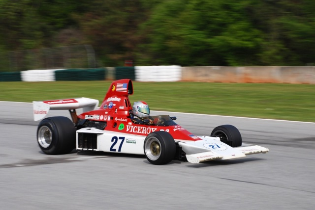 John McKenna (#27), 1974 Parnelli VPJ-4, Masters USA grand prix series.